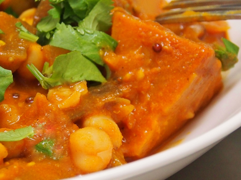 eggplant pumpkin and chickpea curry