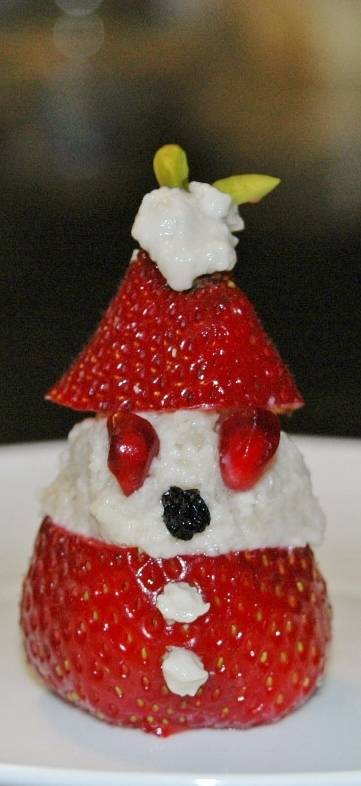 healthy vegan strawberry santa (361x786)
