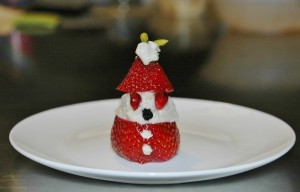 vegan strawberry santa 1 (2) (800x514)