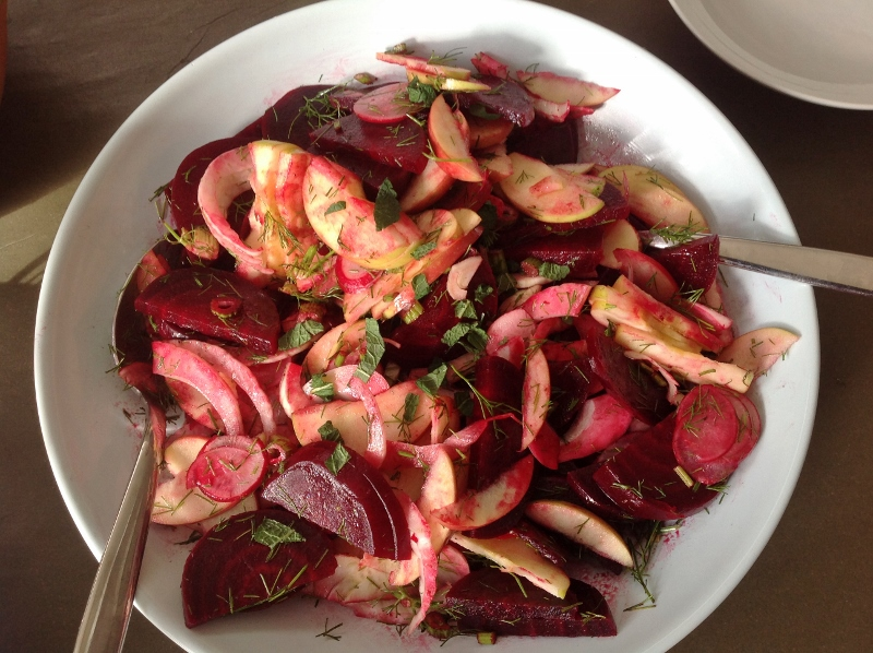 winter salad beetroot fennel and apple