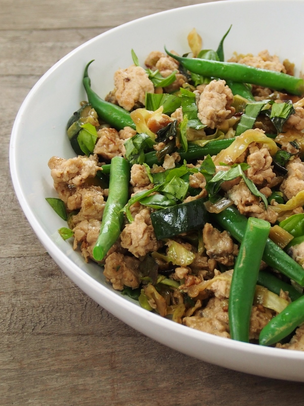 chicken mince stir fry
