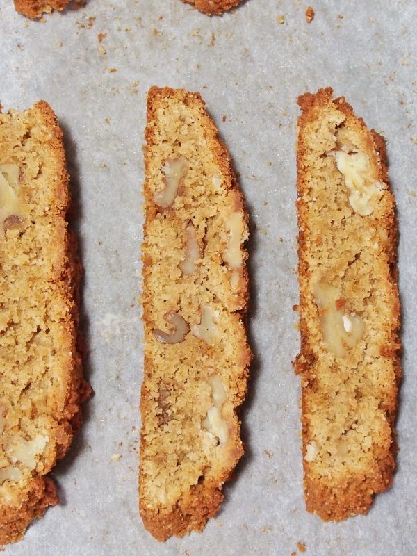 Coconut Maple Walnut Biscotti | Healthy Home Cafe