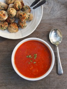 tomato and zucchini soup with meatballs