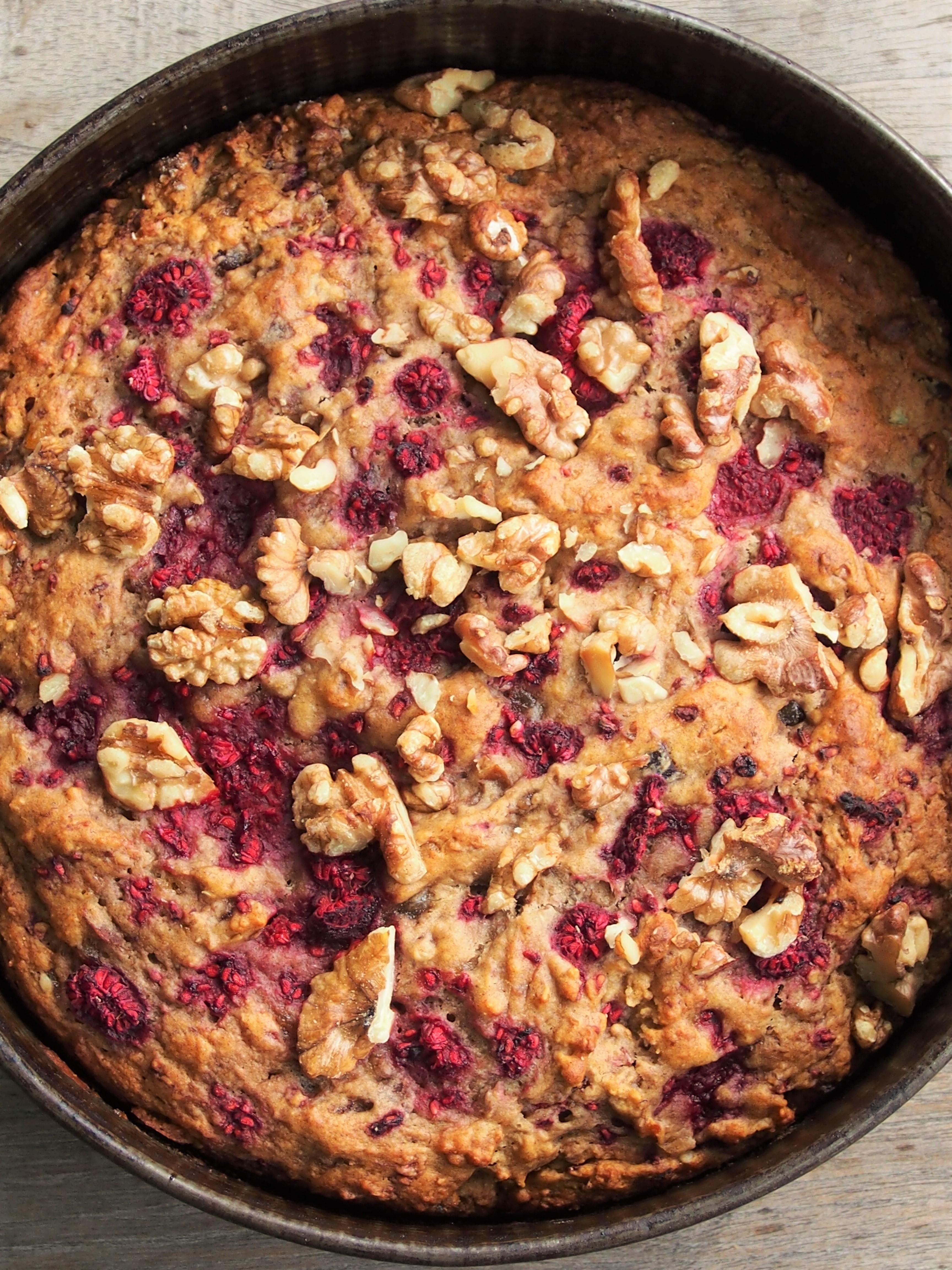 raspberry and walnut cake