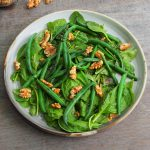 spinach bean and walnut salad